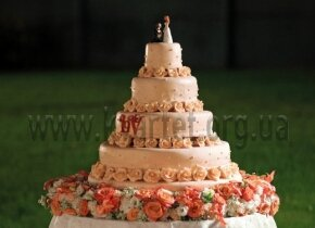 "Свадебный торт""Водопад Роз"""